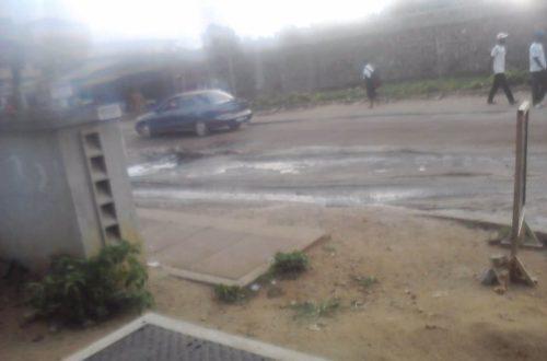 Article : Côte d'Ivoire : Abidjan, entre poussière, boue et odeurs pestilentielles