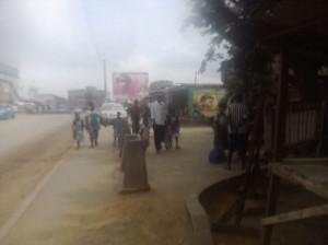 Parents partis chercher leurs enfants à l'école Crédit photo : Christ Koffi