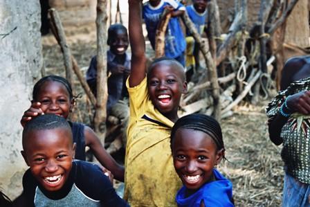 Enfants Exploités, de ar.wikipedia.org CC