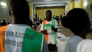http://www.rfi.fr/afrique/20161031-cote-ivoire-attente-resultats-referendum-constitutionnel